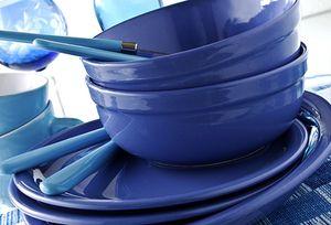 Használj kék tálalóedényeket a fogyáshoz.