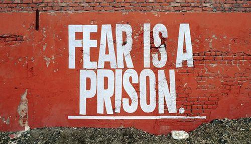 Fóbiák - A félelem börtönébe zárva - Dr. Kopácsi László pszichiáter - fóbia, szorongás, agorafóbia, közlekedési fóbia, fóbiák, győri pszichiáter, pszichiáter Győr, depresszió, pánik, alvászavar, pszichológus